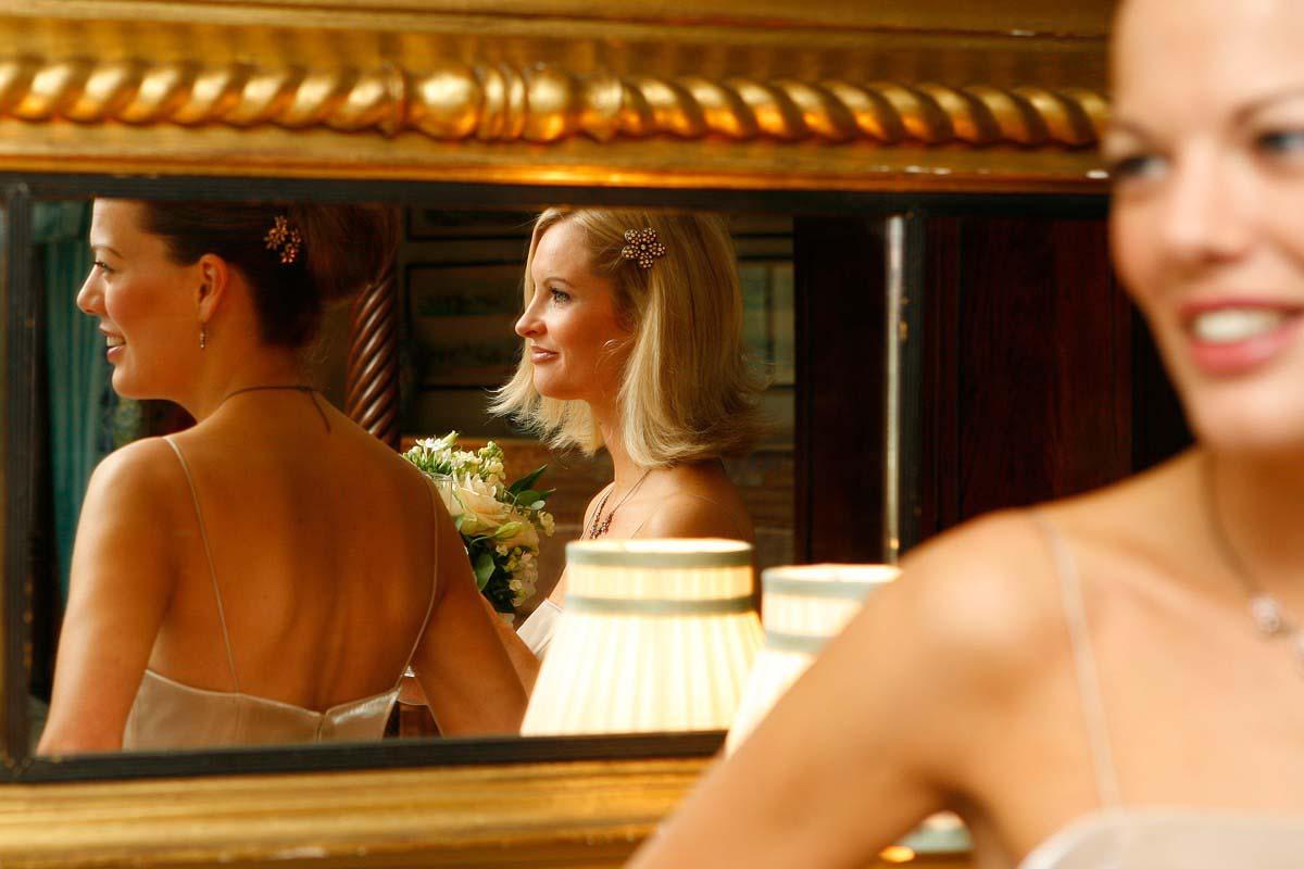 e3e89c8a6938f625f3864b2bcedf49dc Wedding at Maunsel House - Lucy & Oliver